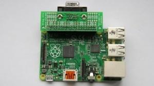Das Raspberry Pi B+ mit einem VGA-Anschluss