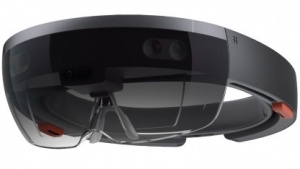 Hololens arbeitet mit Windows 10.