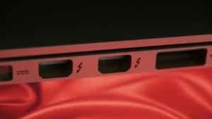 Thunderstrike 2 nutzt die Thunderbolt-Schnittstelle zur Verbreitung von Schadsoftware.