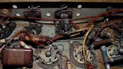 Das in den USA aufgetauchte Röhrengestell des EDSAC-Computers