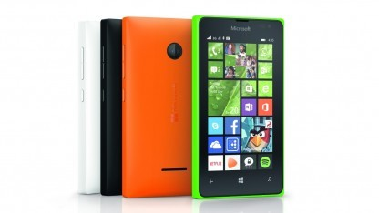 Das Lumia 435 wird ab Mitte Februar 2015 in Deutschland erhältlich sein.
