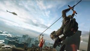 Spieler am Enterhaken in Battlefield Hardline