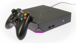 Alienware Alpha mit drahtlosem Xbox-360-Gamepad