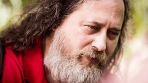 Richard Stallman hat Bedenken wegen der Konkurrenz durch LLVM.