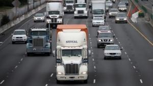Verkehr: Transportmittel sollen mit ihrer Umwelt kommunzieren (Bild: Justin Sullivan/Getty Images), Verkehr