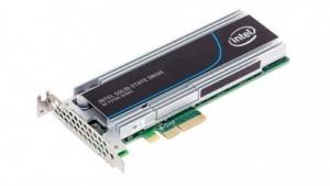 Die SSD 750 dürfte auf einer P3500 basieren, abgebildet ist eine P3700.