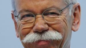 Daimler-Chef Dieter Zetsche bleibt beim Apple-Car gelassen.