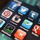 Soziale Netzwerke: Vernetzt und zugenäht!