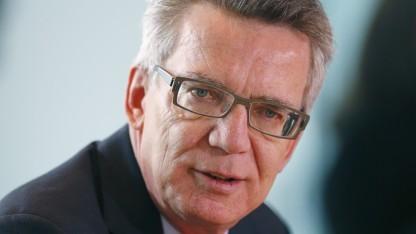 Bundesinnenminister Thomas de Maizière - bremst er die EU-Datenschutzverordnung aus?