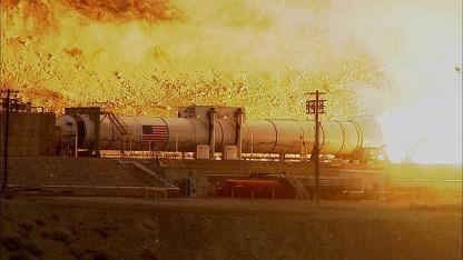 Test des Boosters QM-1:  zusätzlicher Schub für die Marsrakete SLS