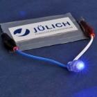 Energiespeicher: Fester Elektrolyt macht Akkus sicherer