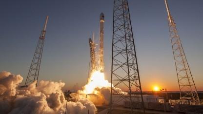 Start einer Falcon-Rakete: einfache Technik