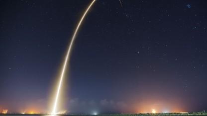 Die Bilder von SpaceX stehen bei Flickr als Public Domain bereit.