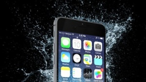 Wasserdicht gemachtes iPhone von Liquipel