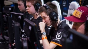 Fnatic hat das Turnier ESL One gewonnen.