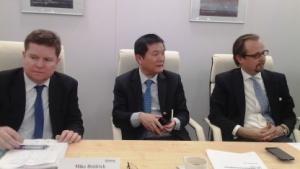 Mike Heidrich, Fraunhofer ESK (links); Patrick Zhang, Huawei (Mitte); Carsten Rossbach Roland Berger (rechts)