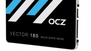 Die SSD Vector 180 bietet einen Kondensator zur Pufferung bei Energieproblemen an.