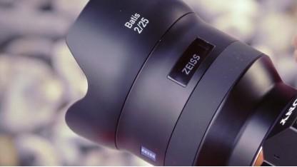 Zeiss-Objektiv mit OLED