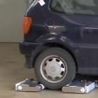 Avert: Mini-Roboterschwarm parkt Autos autonom um