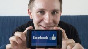 Der Jurist Max Schrems klagt gegen Facebook.