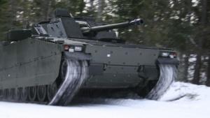CV90 mit aktivem Dämpfungssystem