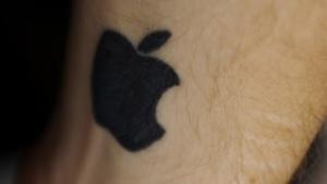Glück gehabt: Das Tattoo ist auf der Innenseite des Handgelenks.