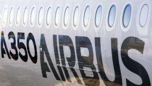 Der Flugzeughersteller Airbus stellt Strafanzeige wegen des Verdachts der Industriespionage stellen.