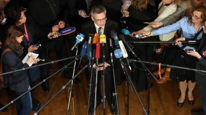 Thomas de Maizière hält die Vorwürfe gegen ihn vorläufig für ausgeräumt.