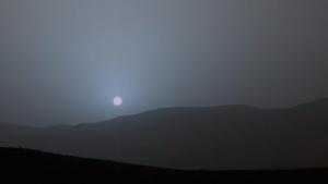 Sonnenuntergang auf dem Mars: Staub in der Atmosphäre