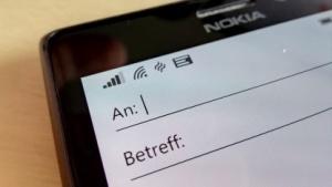 Microsoft entwickelt offenbar einen Messenger auf E-Mail-Basis - die Betreffzeile soll dann nicht mehr nötig sein.