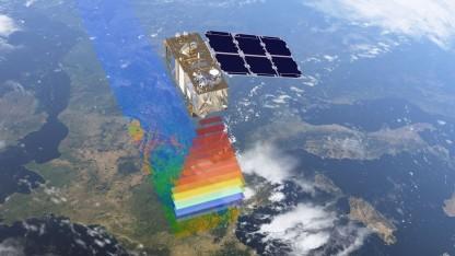 Erdbeobachtungssatellit Sentinel-2A: überfliegt jeden beliebigen Ort auf der Erde alle zehn Tag