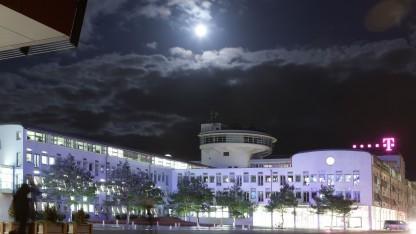 Telekom Standort Bonn Landgrabenweg bei Nacht