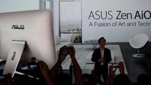 Asus' Jonney Shih stellt die Zen-AiO-PCs vor.