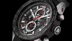 Die TAG Heuer Carrera Heuer 01 ist noch eine analoge Uhr.