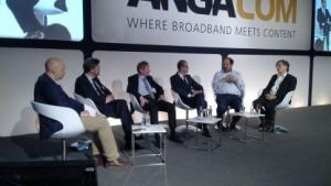 """Das Panel """"Premium Connected Home: Gerätevernetzung und Energiemangement""""  auf der Anga Com"""