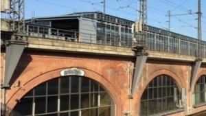 In dem Stadtbahnviadukt des S-Bahnhofs Jannowitzbrücke entsteht derzeit die Netzwerkstatt.