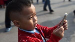 Was früher der Gameboy war, ist für viele Kinder heute das Smartphone.