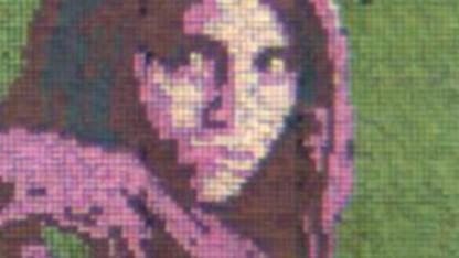 Electric Skin mit afghanischem Mädchen