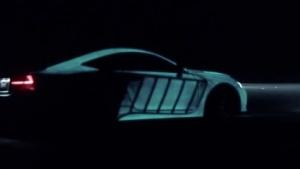 Lexus mit leuchtender Farbe