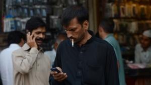 Mobilfunknutzer in Pakistan