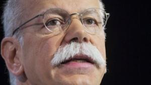 Daimler-Chef Zetsche sorgt sich um die IT-Sicherheit vernetzter Autos.