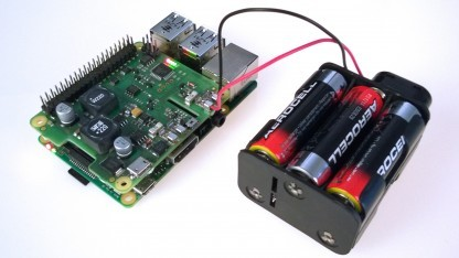 PiUSV+ mit Batteriepack auf dem Raspberry Pi