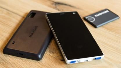 Das neue Fairphone 2 kann leicht in seine Einzelteile zerlegt werden.