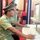 Netzkontrolle: China schickt Polizisten in große Internetunternehmen
