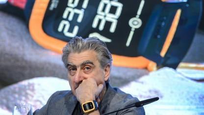 Swatch-Chef Nick Hayek bei der Vorstellung der Touch Zero One