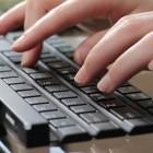 LG Rolly Keyboard: Bluetooth-Tastatur lässt sich zu einem Stab falten