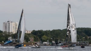 Schwebender GC32-Katamaran (am 1. August 2015 auf der Kieler Förde): Hightech auf dem Wasser