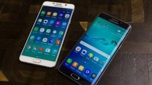 Links das neue Galaxy Note 5, rechts das Galaxy S6 Edge+