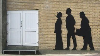 Die Olsenbande gelangte immer mit ungewöhnlichen Tricks in die Gebäude.