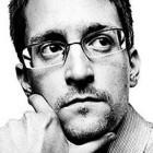 Twitter: Edward Snowden folgt nur der NSA